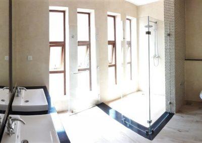 chui-house-bathroom-vipingo